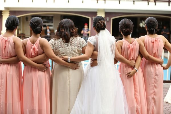 pairing bridesmaids and groomsmen