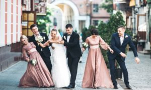 pairing bridesmaids and groomsmen