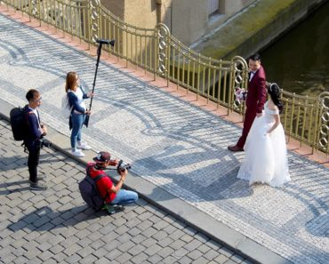 how to look good in wedding photos