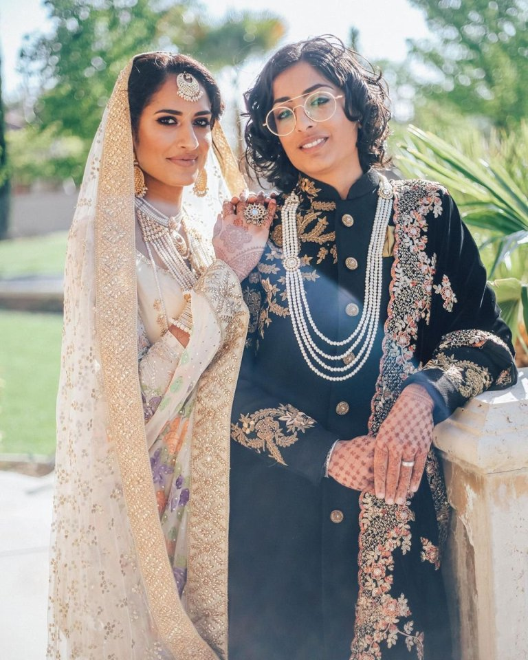 Indian-Pakistani Lesbian Couple Goes Viral for Beautiful